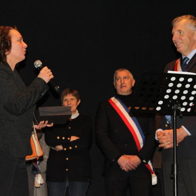 Remise du Trophée de Roscommon à M. le Maire le 20.01.17